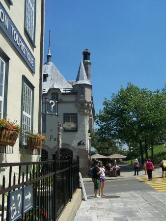 Centre Infotouriste de Quebec