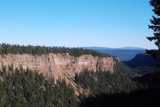 Chasm Provincial Park
