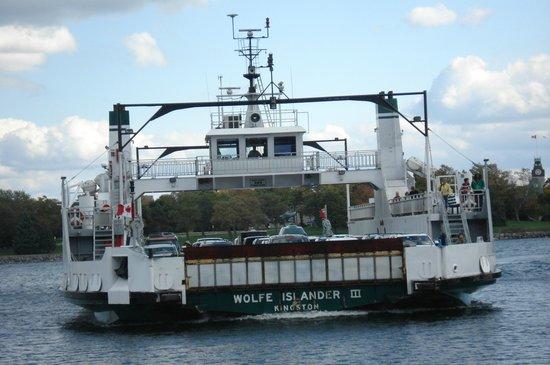 Wolfe Islander III