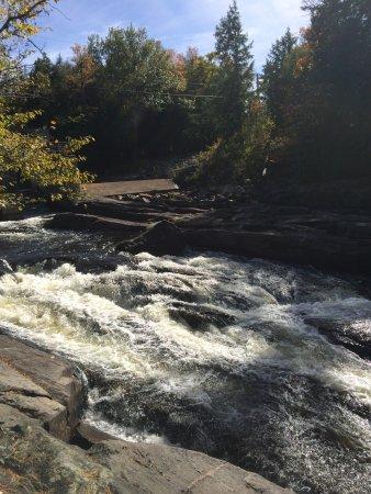 Knoefli Falls