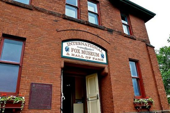 International Fox Museum and Hall of Fame